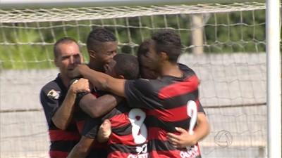 Águia Negra comemora gol contra o Corumbaense (Foto: Reprodução/TV Morena)