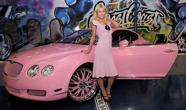 O Bentley rosa de Paris Hilton (Foto: Reprodução)