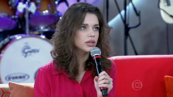 Bruna esteve no Encontro com Paolla Oliveira, Susana Vieira e outros artistas (Foto: Reprodução/TV Globo)