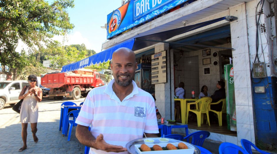 David Bispo, do Bar do David, no Rio de Janeiro (Foto: Rogério Santana/Governo do Rio de Janeiro)