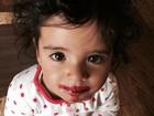 Carolina Ferraz posta foto fofa da filha caçula: 'Muito amor envolvido'