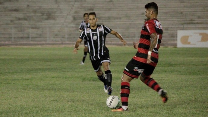 Campinense x Central, no Amigão (Foto: Renan Vasconcelos / Central Sport Club)