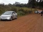 Corpo de jovem é achado decapitado em estrada de terra, em Goiânia