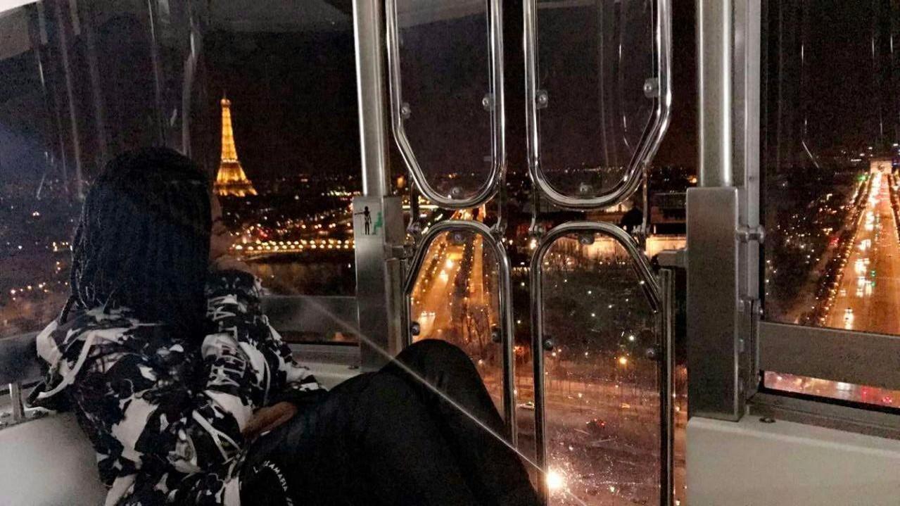 Caprichando nas poses, Lud arrasa em Paris (Foto: Reproduo/Instagram)