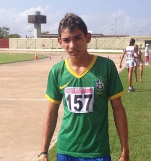 Jogos Escolares: provas de atletismo no estádio 'Zerão', no Amapá (Foto: Rafael Moreira/GE-AP)