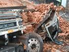 Prefeitura quer proibir caminhões em rua de casa atingida pela segunda vez