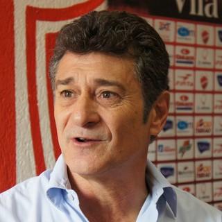 Darío Pereyra, técnico do Vila Nova (Foto: Daniel Mundim/GLOBOESPORTE.COM)