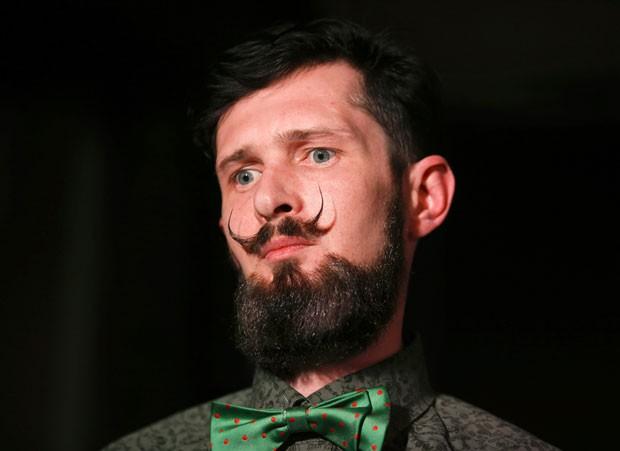 Competições de barba e bigode viraram febre no mundo (Foto: Artur Bainozarov/Reuters)