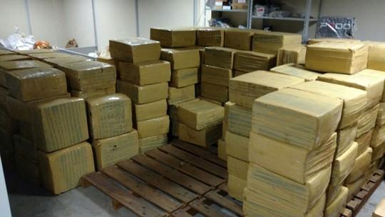 PF apreende mais de 10 toneladas de maconha em carga de milho