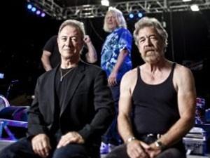Stu Cook e Doug 'Cosmo' Clifford, baixista e baterista do Creedence Clearwater Revisited (Foto: Divulgação)
