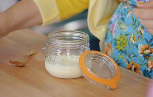 Aprenda a fazer um creme azedo caseiro