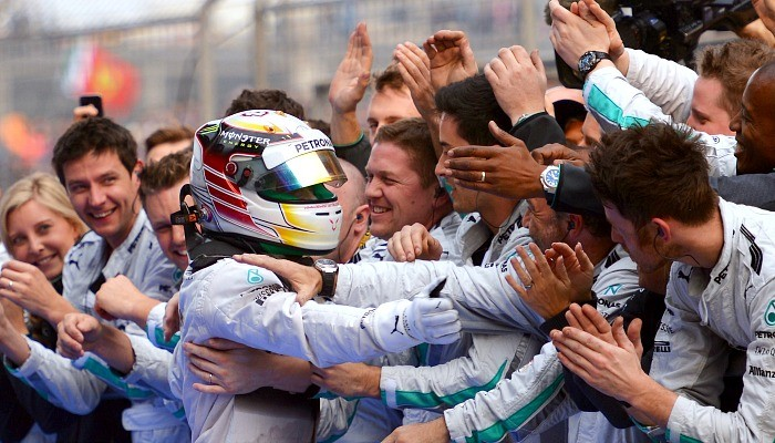 Lewis Hamilton vence GP da China