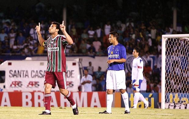 Comemoração Fred do Fluminense contra o Cruzeiro 2009 (Foto: Photocamera)