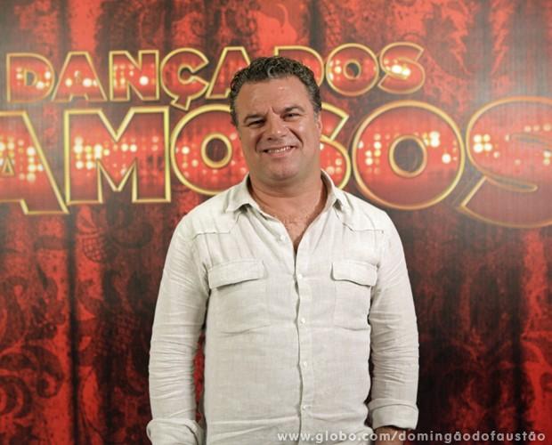 Adriano Garib se impressiona com o sucesso que tem feito no Dança dos Famosos (Foto: Domingão do Faustão / TV Globo)