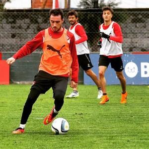 Mancuello, meia do Independiente (Foto: Reprodução / Instagram)