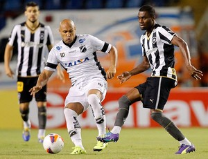 Edno - atacante do ABC x Botafogo (Foto: Vitor Silva/ SS Press/ BFR)