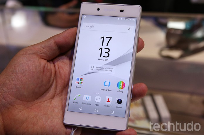 "Tela do Xperia Z5 ""normal"" é de 5,5 polegadas (Foto: Fabricio Vitorino/TechTudo)"