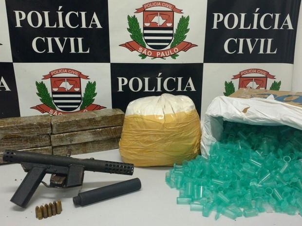 Mais de 28 kg de drogas foram apreendidos pela Polícia Civil durante a operação (Foto: Polícia Civil de Campinas)