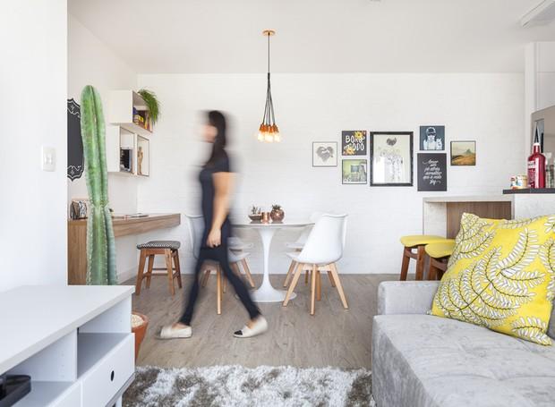 Apartamento pequeno ganha reforma r pida e decora o for Reforma piso pequeno