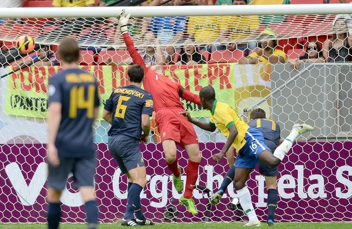 Ramires gol Brasil contra Austrália (Foto: AFP)