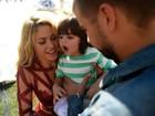 Família reunida: Shakira e Gerard Piqué levam o filho, Milan, para final da Copa do mundo