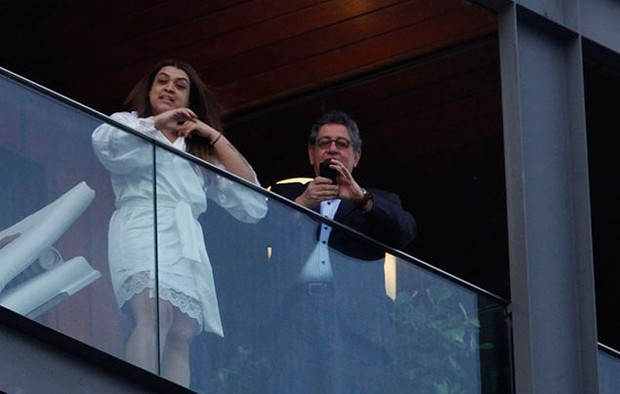 Preta Gil na varanda de hotel (Foto: Marcos Serra Lima/EGO)