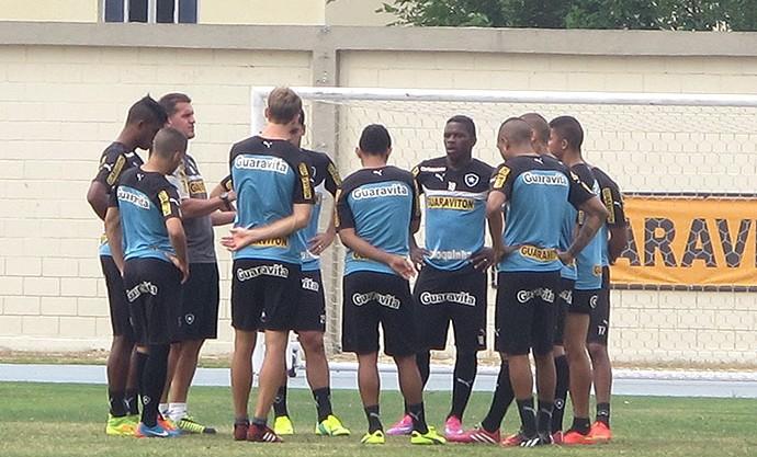 Treino do Botafogo (Foto: Fred Huber / Globoesporte.com)