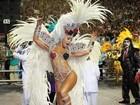 Com fantasia pequena, Sabrina Sato arrasa no desfile da Gaviões da Fiel em São Paulo