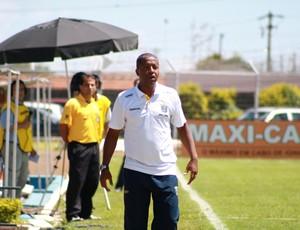 Edmilson de Jesus, novo técnico do São Carlos (Foto: Rovanir Frias/ AI São Carlos)