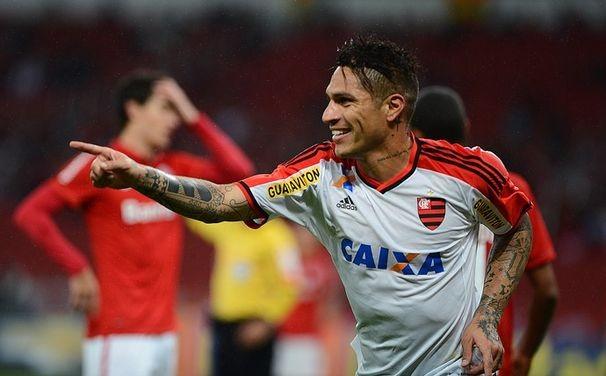 Guerrero fez sua estrela brilhar diante do Internacional na última quarta  (Foto: EDU ANDRADE - Agência Estado)