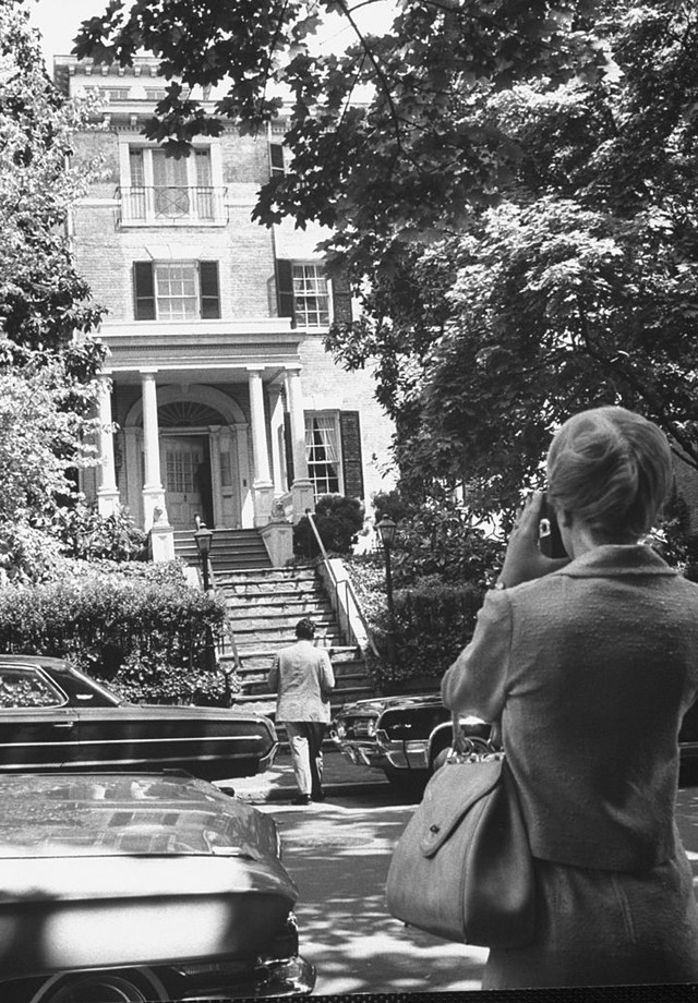A mansão de Jackie O. em Georgetown (Foto: Reprodução)