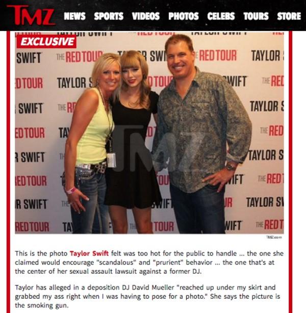Taylor Swift leva apalpada no bumbum durante foto (Foto: Reprodução/TMZ)