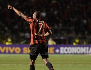 Marcelo Atlético-PR vitória Santos Brasileiro (Foto: Gustavo Oliveira/Site oficial do Atlético-PR)