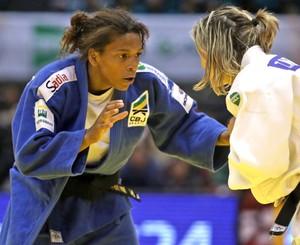 rafaela silva e Telma Monteiro Judo Grand Slam Toquio (Foto: Divulgação / IJF)