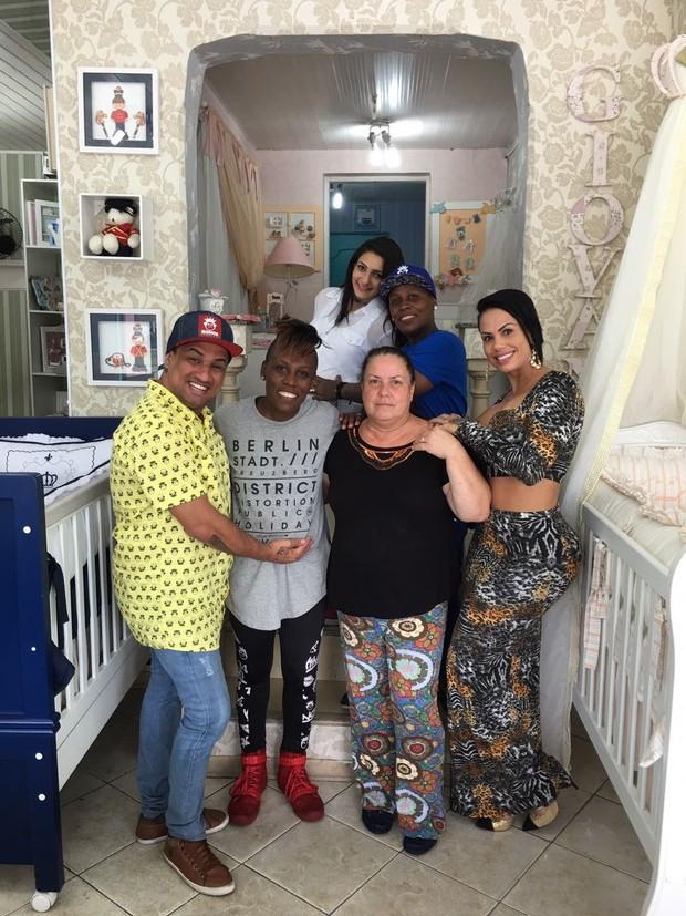 Pepê e Neném ganham enxoval (Foto: Arquivo Pessoal/Divulgação)