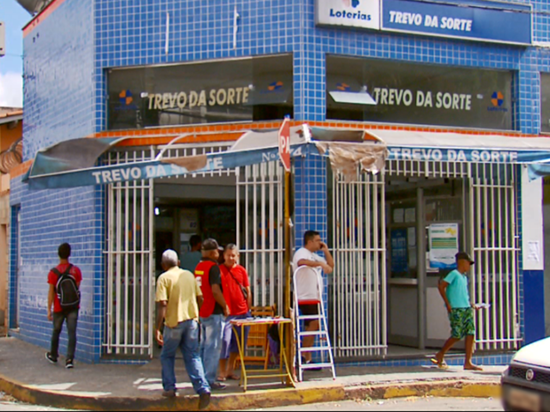Bilhete foi registrado em lotérica do bairro Bom Pastor, em Varginha (MG) (Foto: Reprodução EPTV)