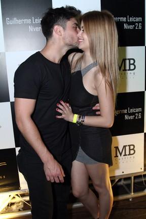 Guilherme Leicam e a namorada, Bruna Altiere, em festa no Rio (Foto: Anderson Borde/ Ag. News)