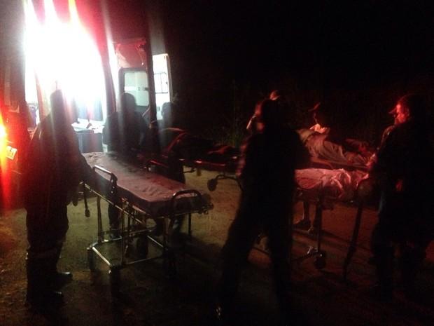 Queda de ultraleve deixa dois feridos em Araraquara (Foto: Fernando Martins/ Tribuna Araraquara)