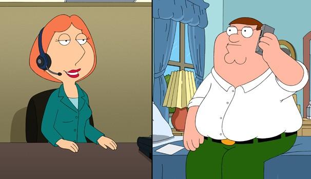 Devido á sua voz, Lois consegue um emprego de telefonista do disk sexo (Foto: Divulgação/Reprodução)