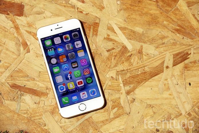 iPhone 7 não decepcionou no desempenho (Foto: Anna Kellen Bull/TechTudo)