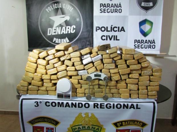Mais de 500 kg de drogas foram apreendidas em operação da Denarc de Maringá (Foto: Divulgação/ Denarc Maringá)