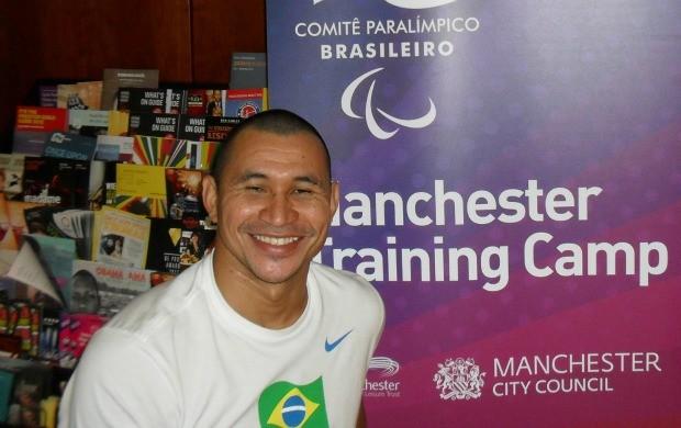 Clodoaldo Silva participou da aclimatação de uma semana em Manchester (Foto: Reprodução)