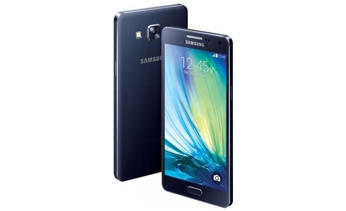 Imagem lateral do Galaxy A5 indica corpo de metal (Foto: Reprodução/Phone Arena)