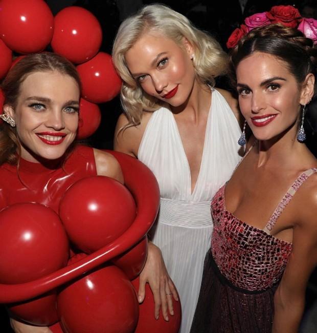 Natalia Vodianova, Karlie Kloss e Izabel Goulart (Foto: Reprodução/Instagram)