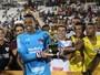 Ceni deixa disputa no gol aberta; Sidão elimina rival do São Paulo duas vezes