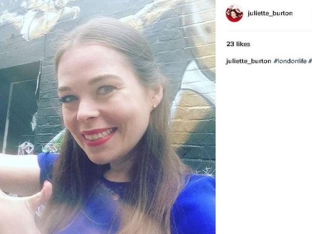 A comediante Juliette Burton já enfrentou problemas como dismorfia corporal, depressão e ansiedade (Foto: @JulietteBurton)