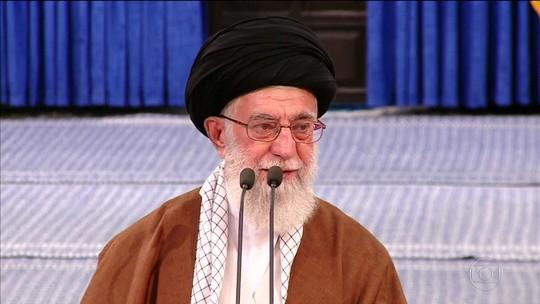 Moderado Hasan Rohani é reeleito presidente do Irã