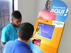 Máquina do Salvador Card é instalada em Cajazeiras (Foto: Divulgação/Prefeitura de Salvador)