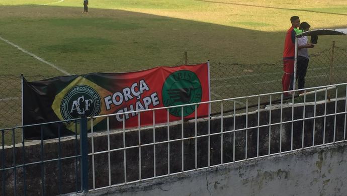 Times da Série A2 do PE homenageiam a Chapecoense (Foto: Divulgação / Íbis)