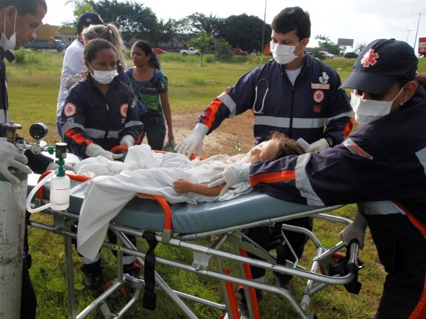 resgate menina cerol concórdia do pará (Foto: Elivaldo Pamplona/ O Liberal)